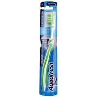 Aquafresh зубная щетка In-Between средняя 1шт.