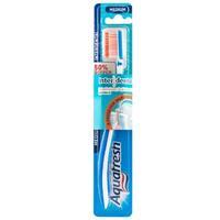 Aquafresh Зубная щетка Interdent средней жесткости 1шт