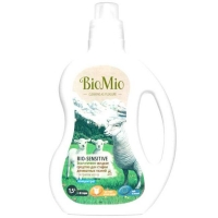 BioMio Bio-Sensitive Экологичное жидкое средство для стирки деликатных тканей концентрат без запаха 1,5 л